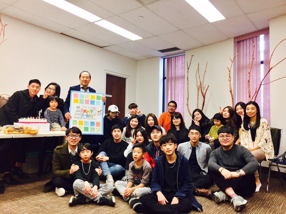 2017년 5월 7일 목사님 생신축하 사진