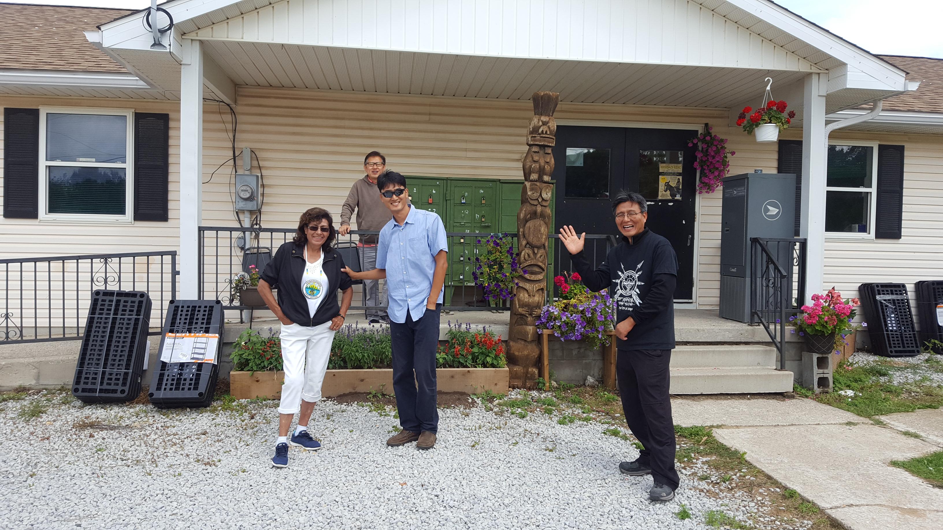 캐나다 원주민 선교 사가목에 김근주 선교사입니다.